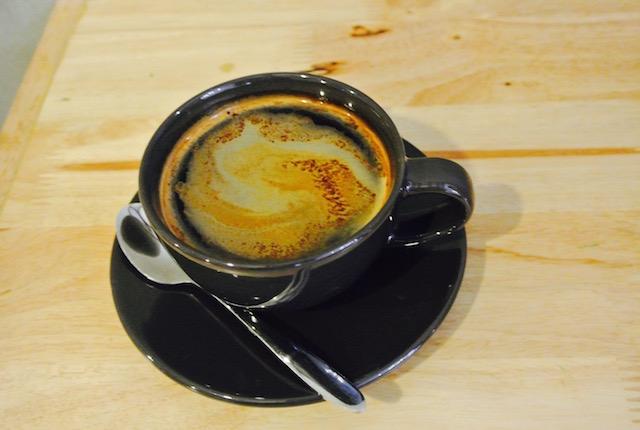 深いコーヒー、香り、誘われる、シーロム、コンベントカフェ