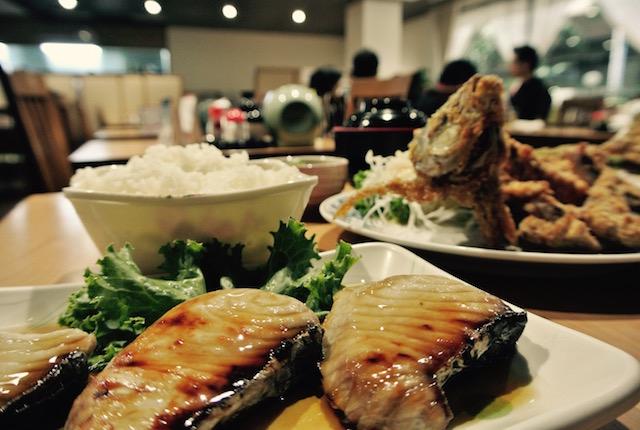 コスパ、高い、タイ国日本人会、本館、レストラン