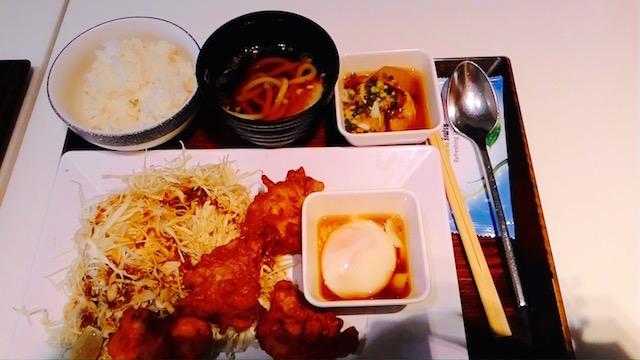 関西風うどん、豚バラ丼、名物、里のうどん、エンポリアム
