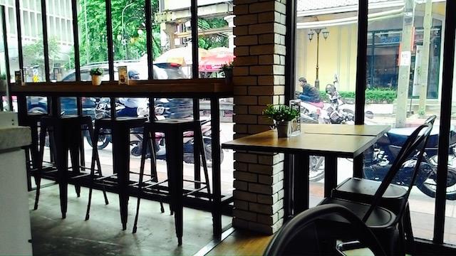 タイ、甘いパン、カフェ、ミルクプラス、シーロムソイ19