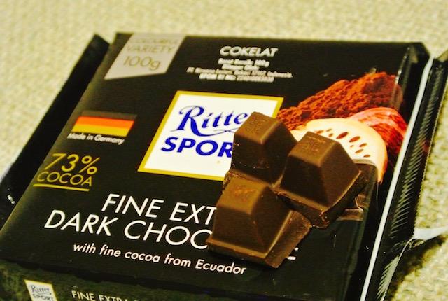 濃厚、ダークチョコ、少量ずつ味わう、リッタースポーツ