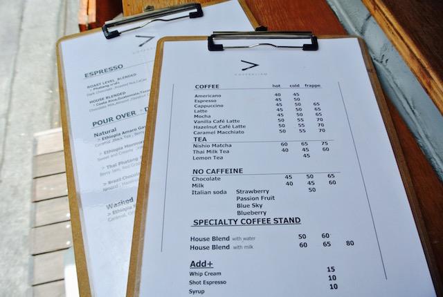 リピート確実、コーヒーリズム、人が途絶えない、お洒落、コーヒースタンド
