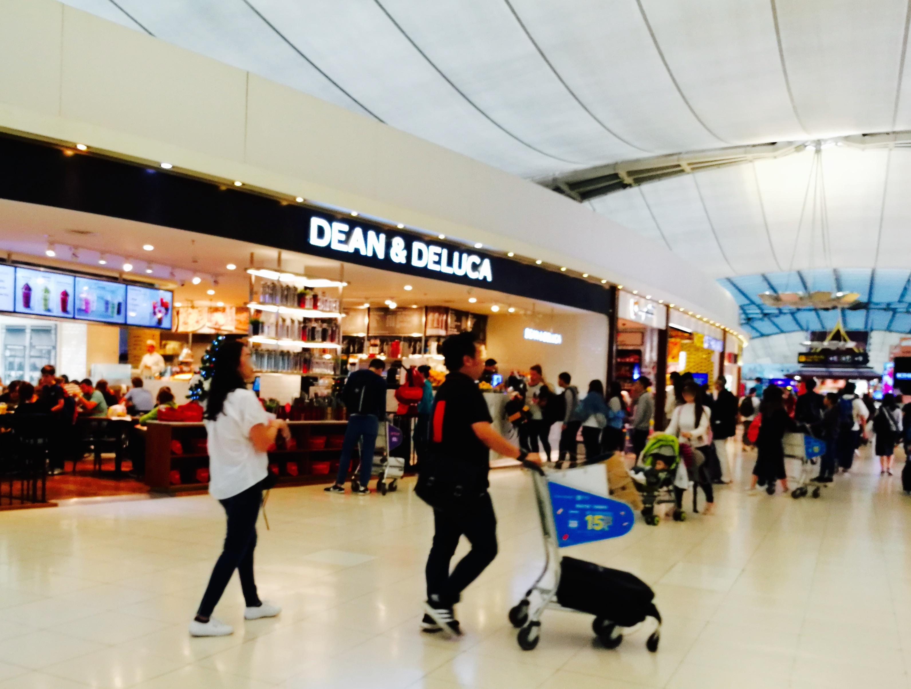 タイ、スワンナプーム国際空港、オープン、ディーン&デルーカ