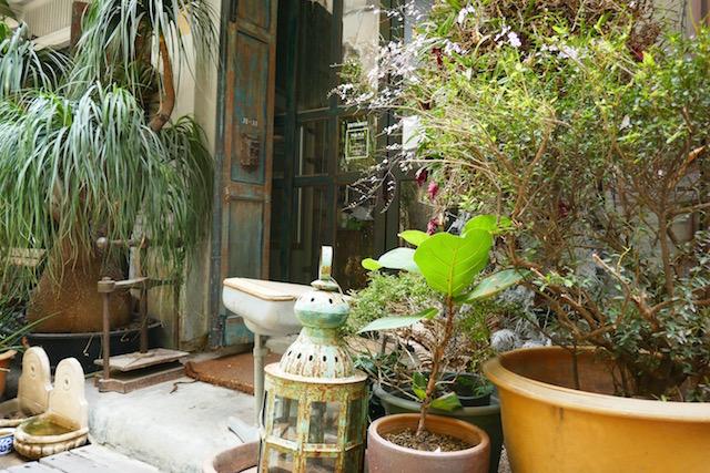 バンコク、最高にお洒落、カフェ&フラワーショップ、ナナコーヒーロースターズ、ヤワラート