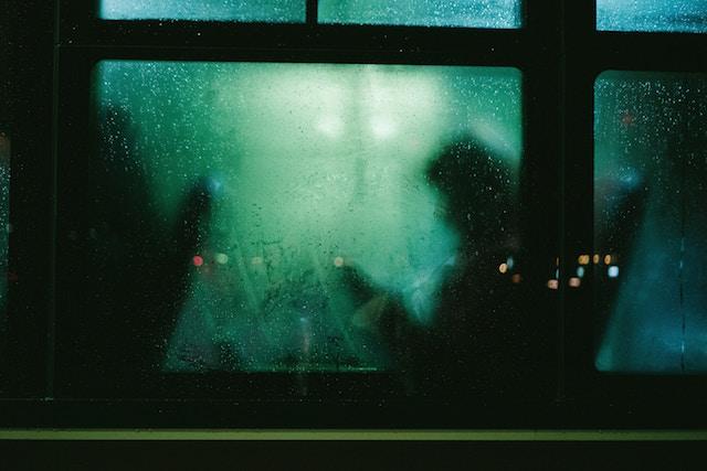 心にしみる、石田千、小説、バスを待って