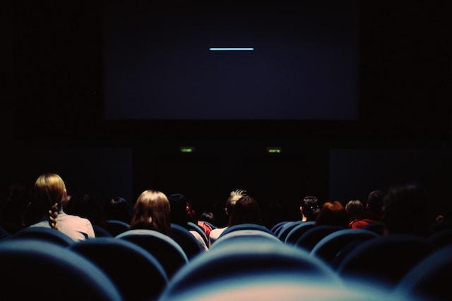 趣味を楽しむ、秋、夜長、観たい、おすすめ映画、5